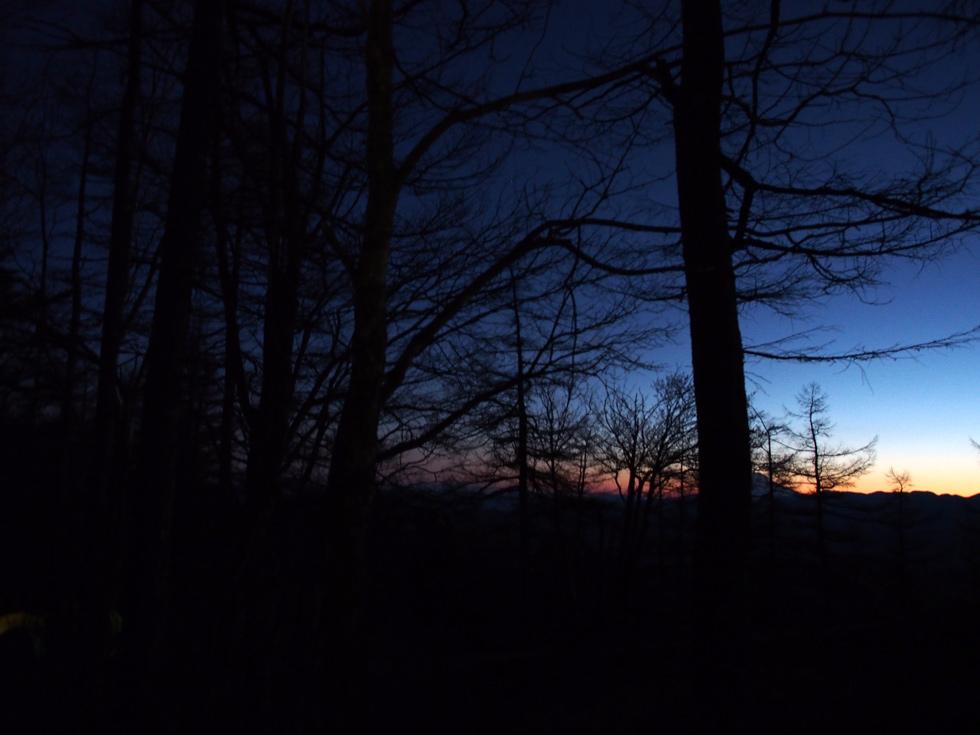 雲取山の夜