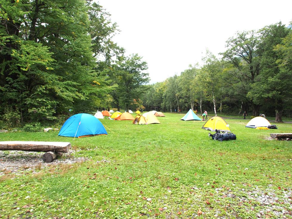 徳沢キャンプ場のテント