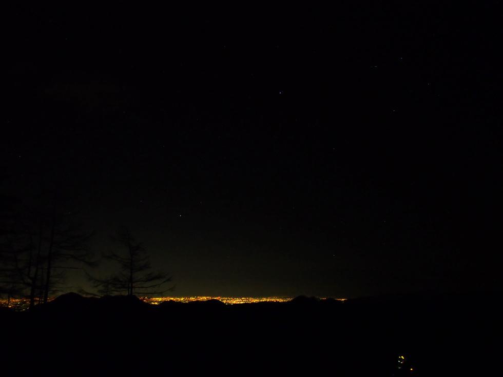 雲取山の夜 東京方面