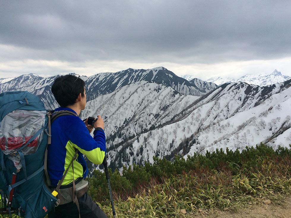 残雪期の燕岳で初めての雪山テント泊