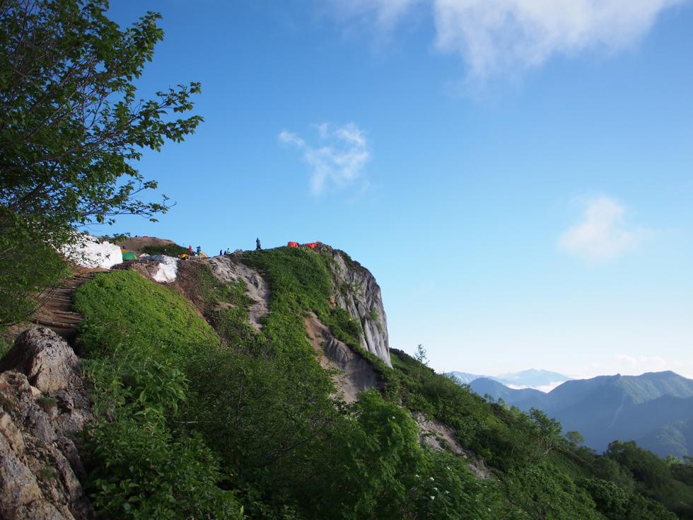 燕山荘から下山する