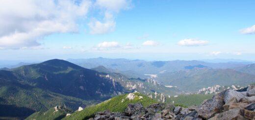 金峰山の稜線