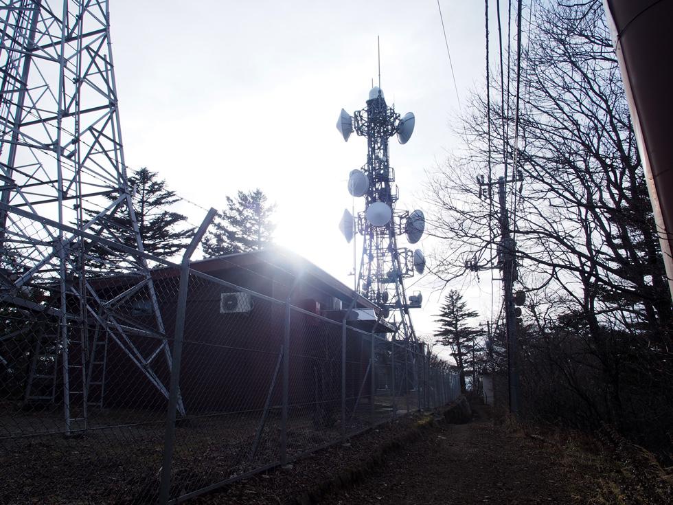 開運山前の電波塔