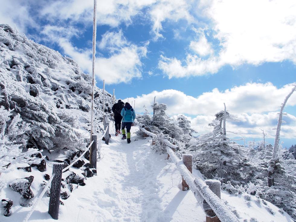 北横岳と雪