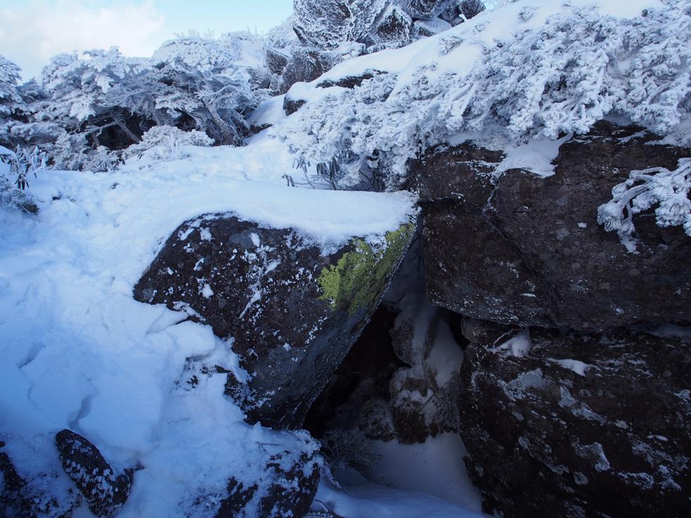 大岳 雪の岩稜地帯