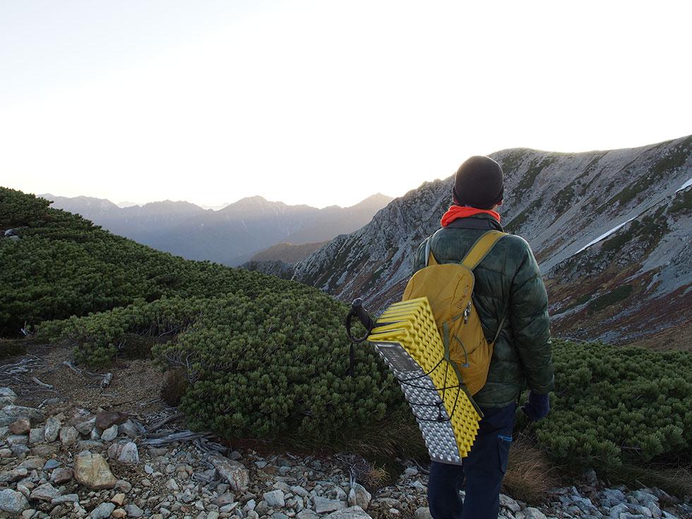 登山のダウンアイテム