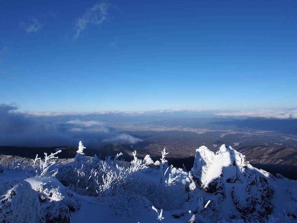 大岳から浅間山方面の景色