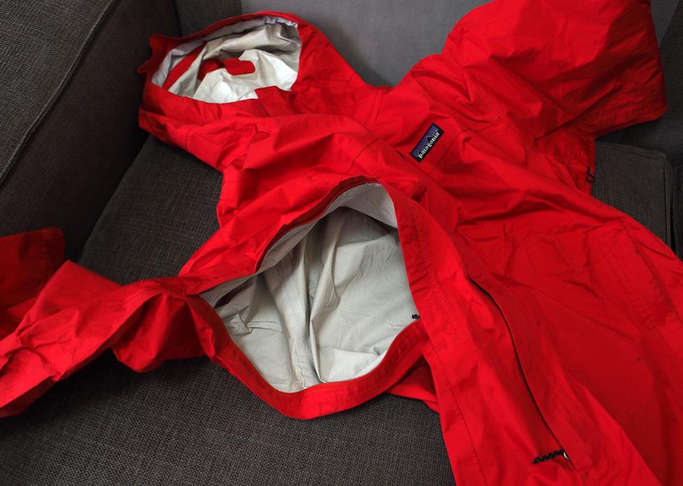 トレントシェル・ジャケットの脇部分