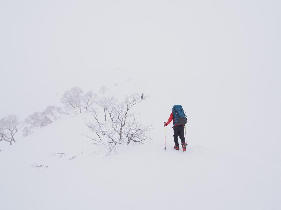 雪の天神尾根
