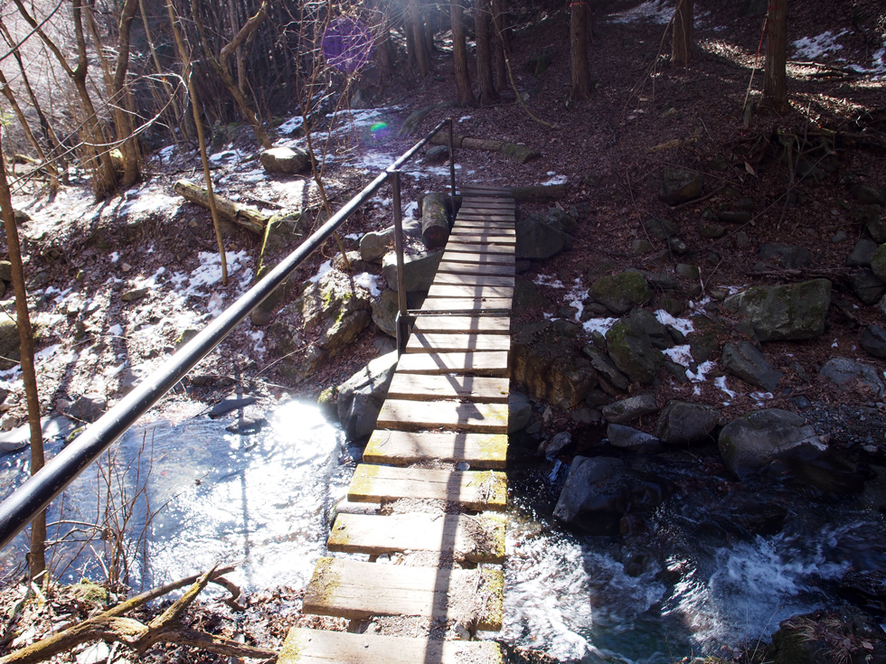 滝子山入口の橋