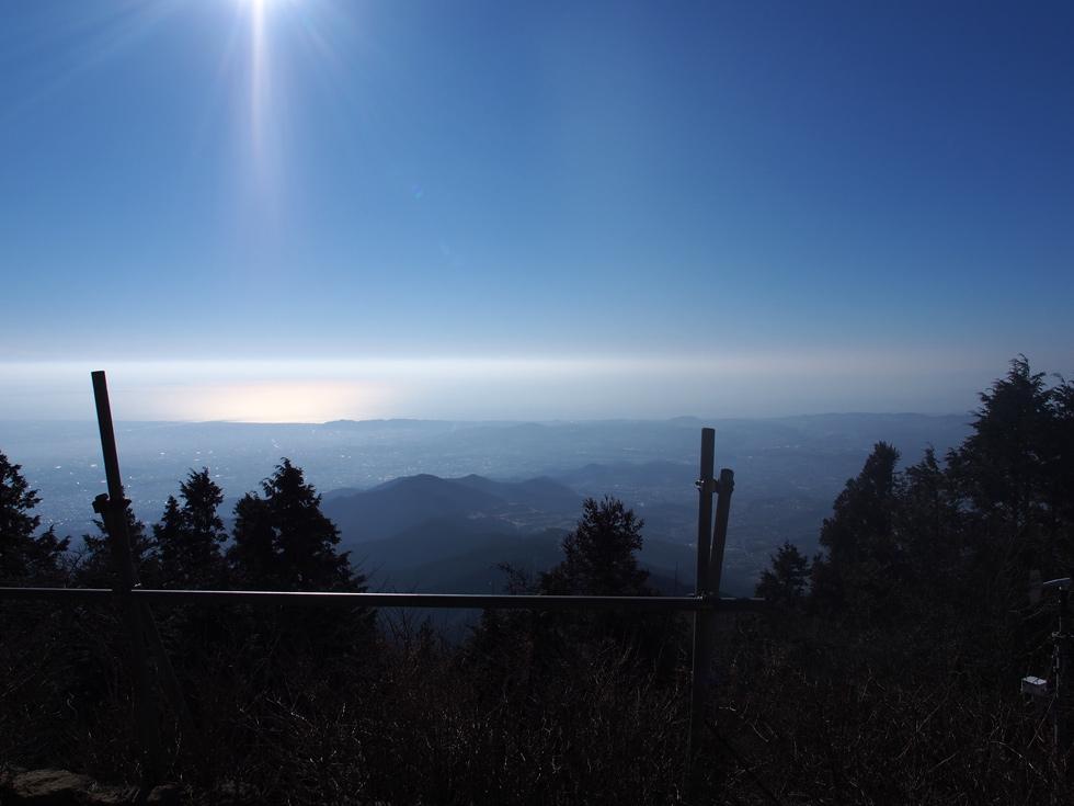 山頂から見る湘南方面
