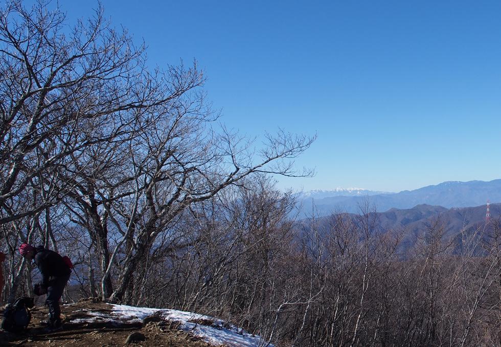 滝子山頂上から見る八ヶ岳連峰
