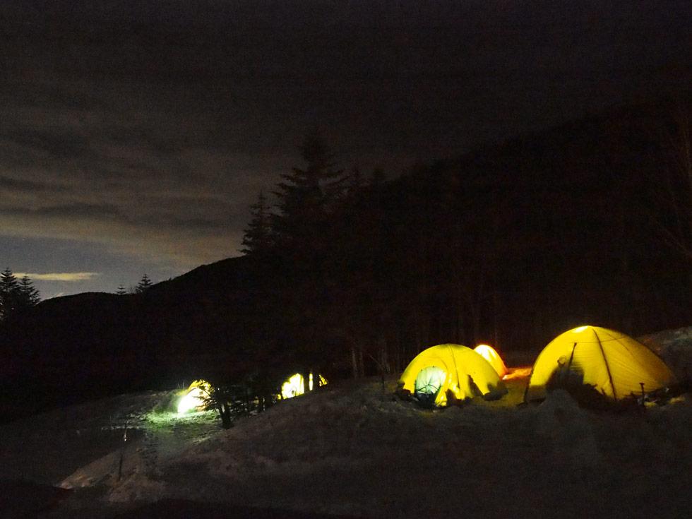 赤岳鉱泉の夜のテント場
