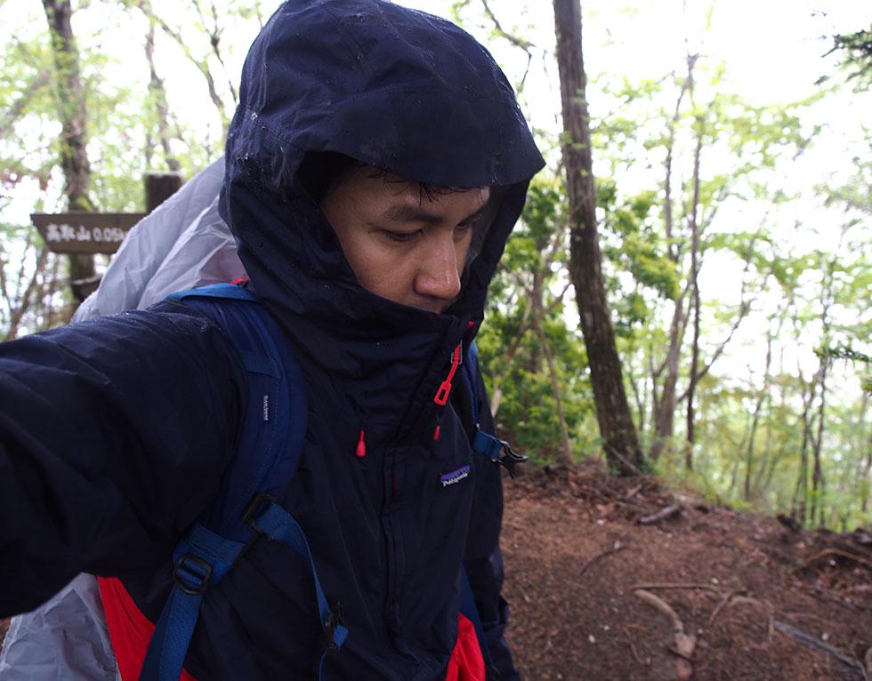 登山のレインウェア
