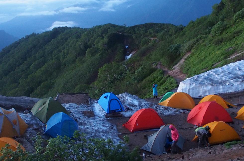 夏の燕岳 テント泊の服装について