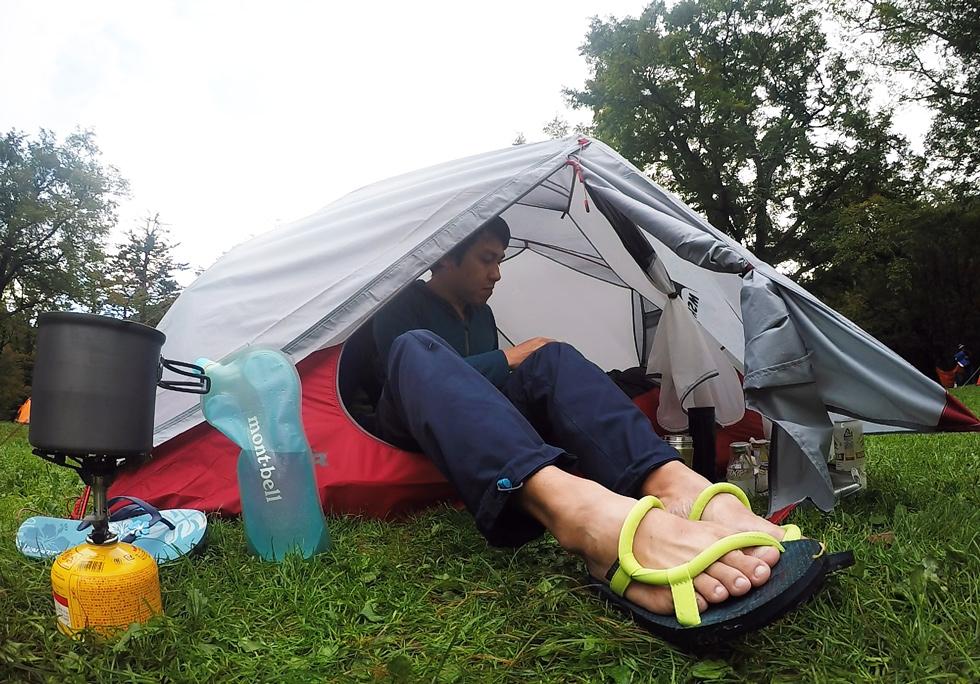 サンダル テント泊の服装について