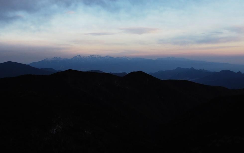 甲武信ヶ岳頂上から見る八ヶ岳