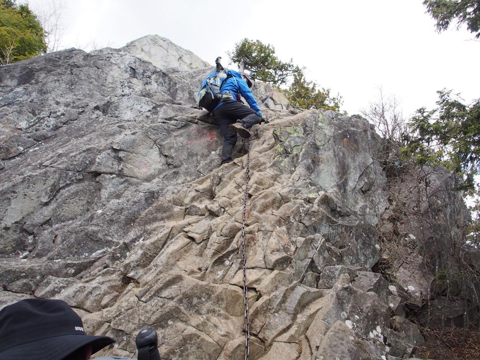 乾徳山 岩場