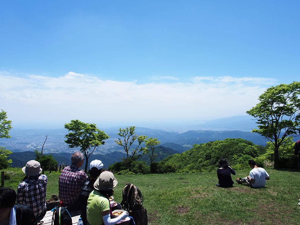 鍋割山山頂からの景色