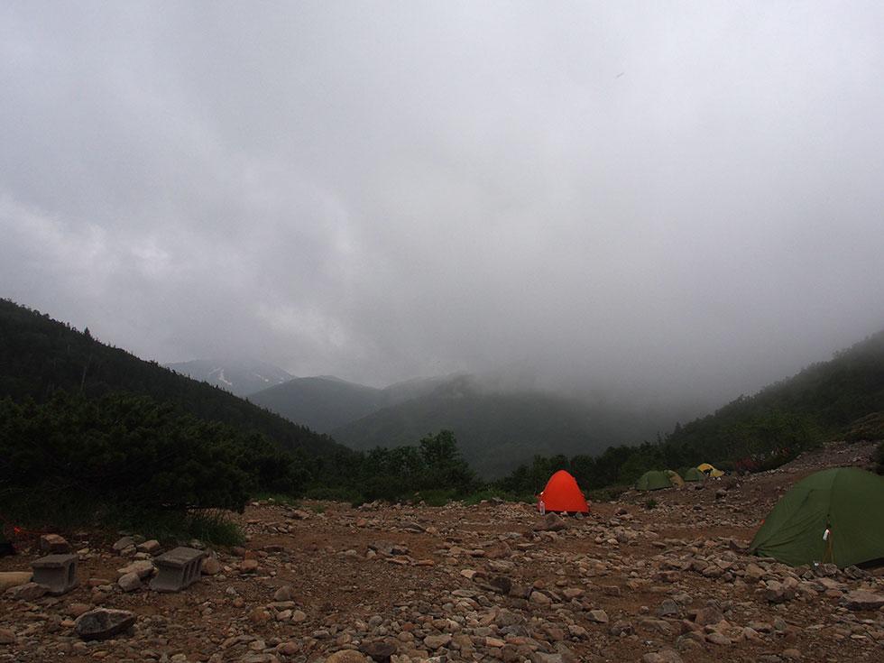 薬師峠キャンプ場は曇り