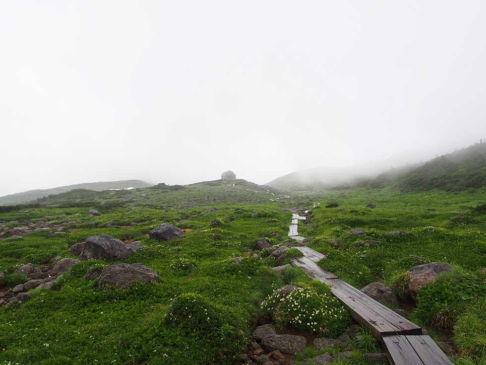 振り返って雲ノ平山荘