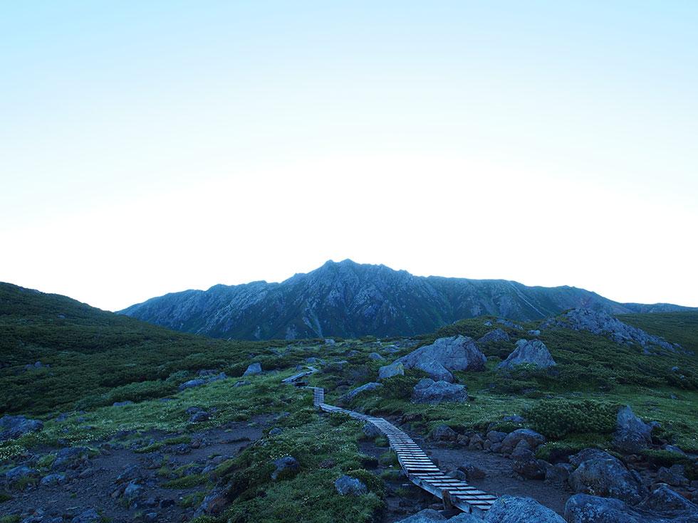 雲ノ平から見る水晶岳