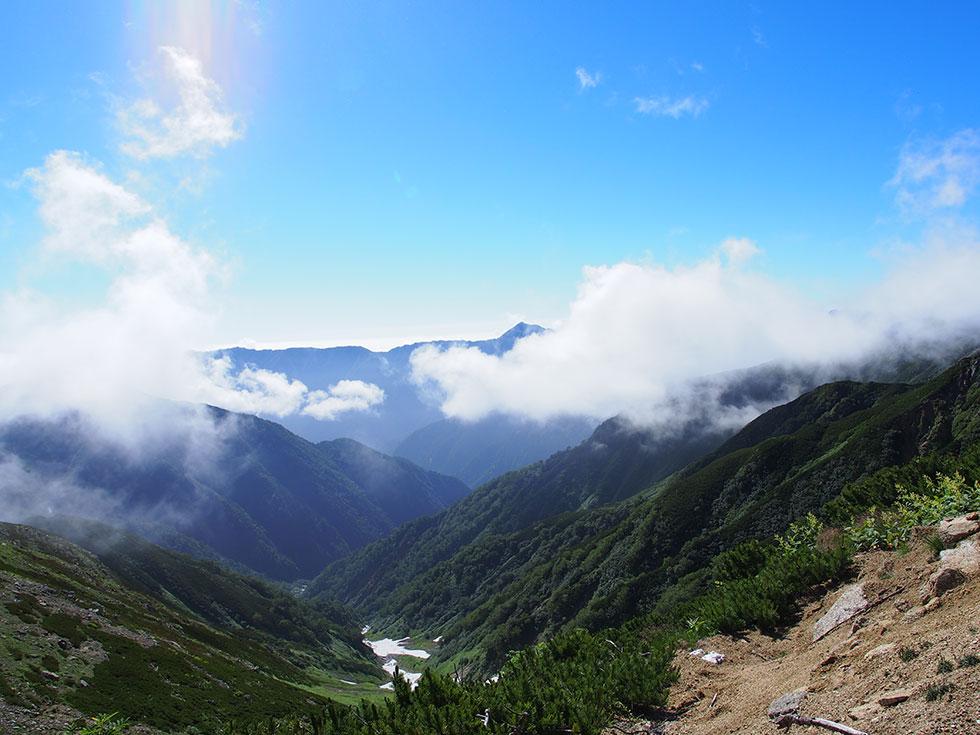 ワリモ北分岐から燕岳への眺め