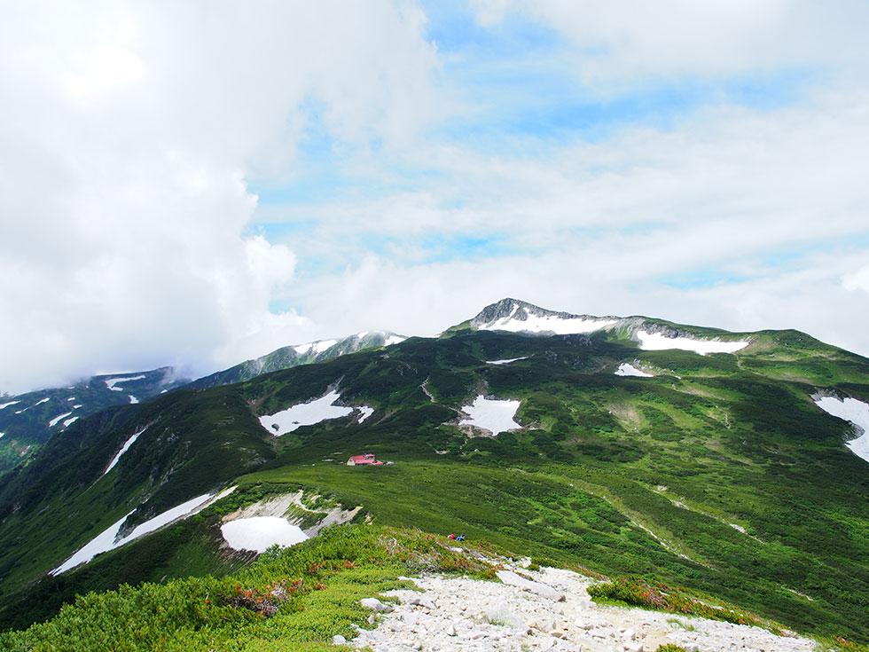 三俣山荘が近づいてきた