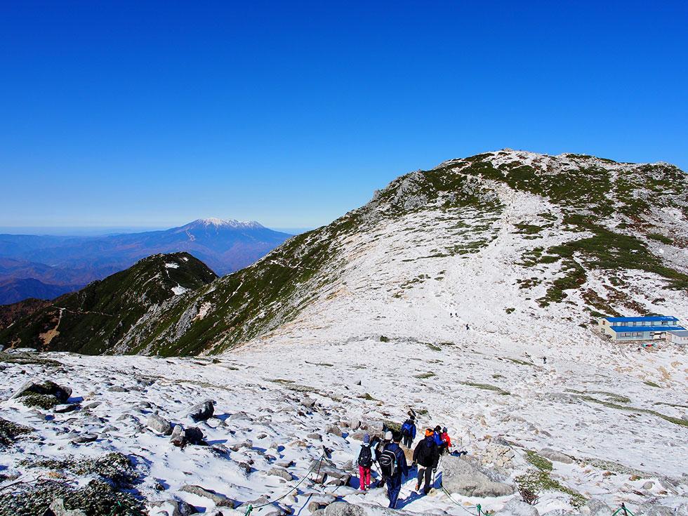 木曽駒ケ岳と御嶽山