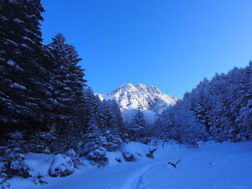 雪の八ヶ岳 赤岳