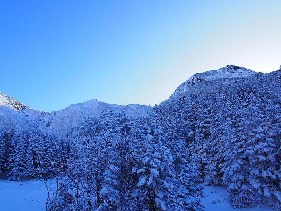 雪の八ヶ岳 阿弥陀岳