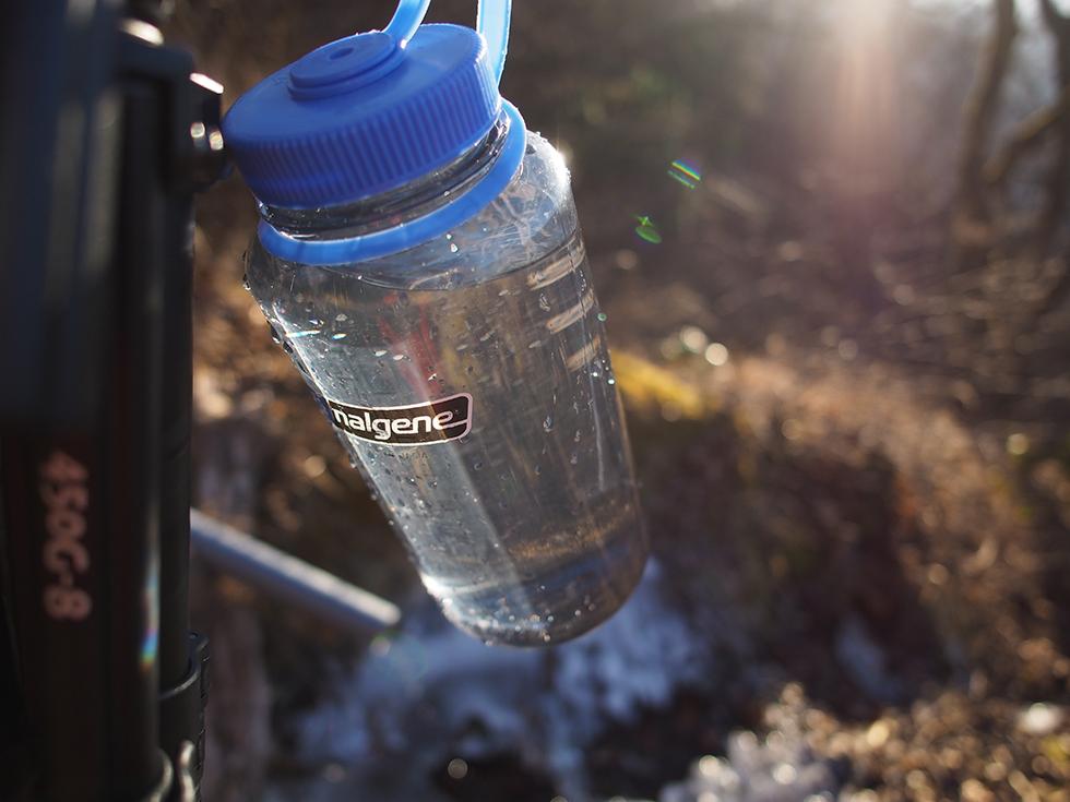 登山に必要な水の量