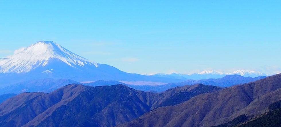 三ノ塔から見る富士山