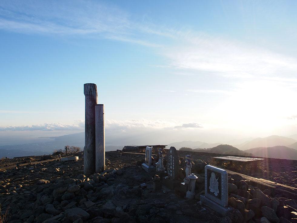 夕暮れ時の塔ノ岳