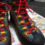 登山靴の靴紐を新しく替えたよ