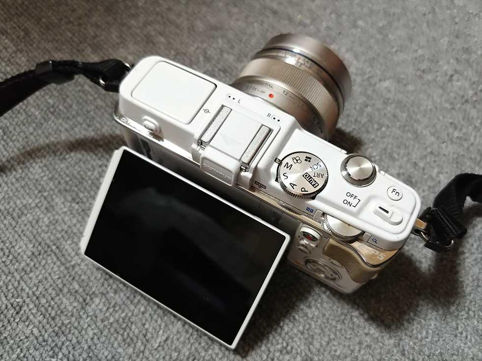 僕が登山で使っているオリンパスのPEN カメラ