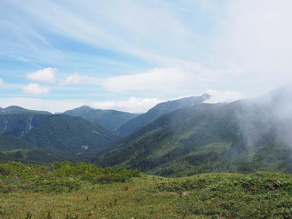 太郎兵衛平から見る黒部五郎岳と三俣蓮華岳