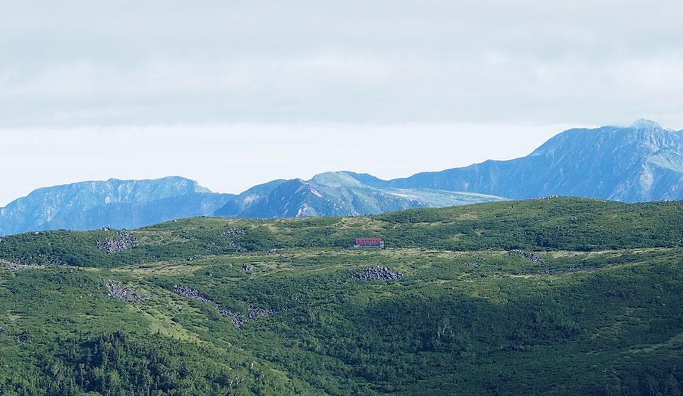雲ノ平山荘が見えた
