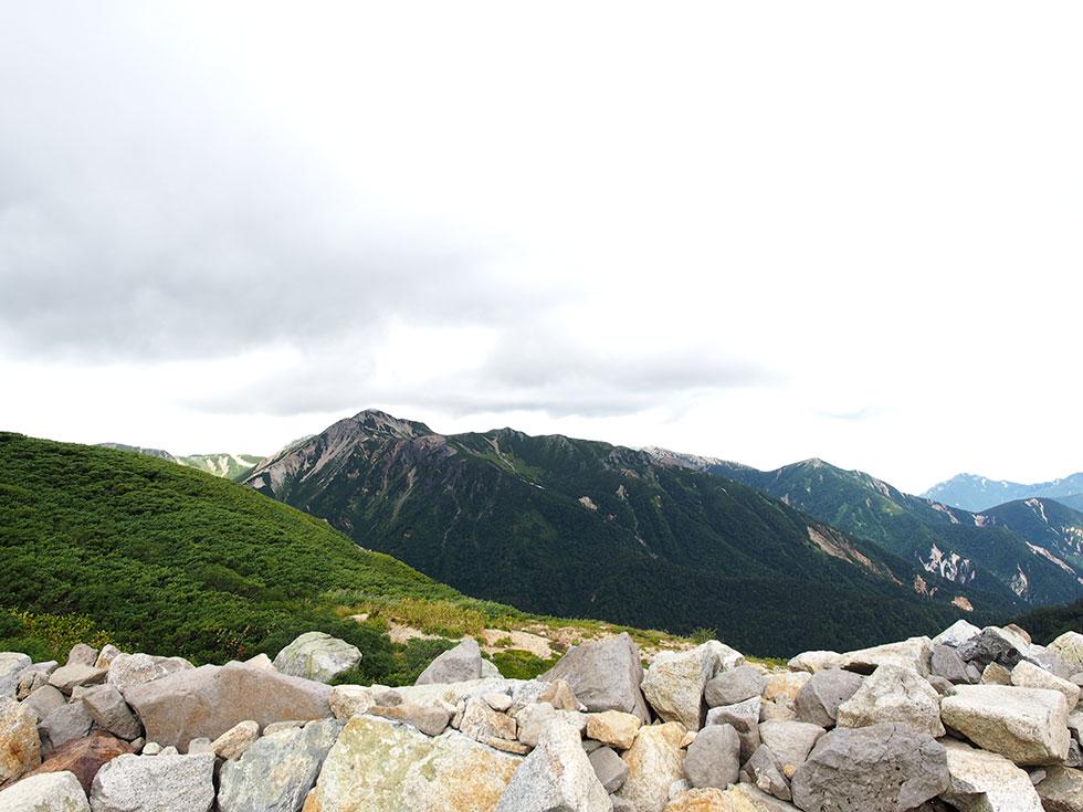 双六小屋から見た鷲羽岳