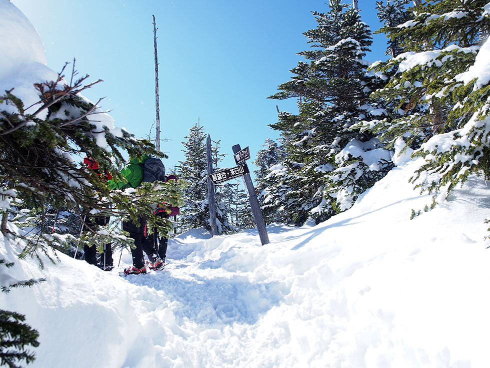 雪の北八ヶ岳 縞枯山登山