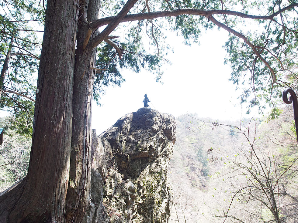 奥多摩 御岳山天狗岩