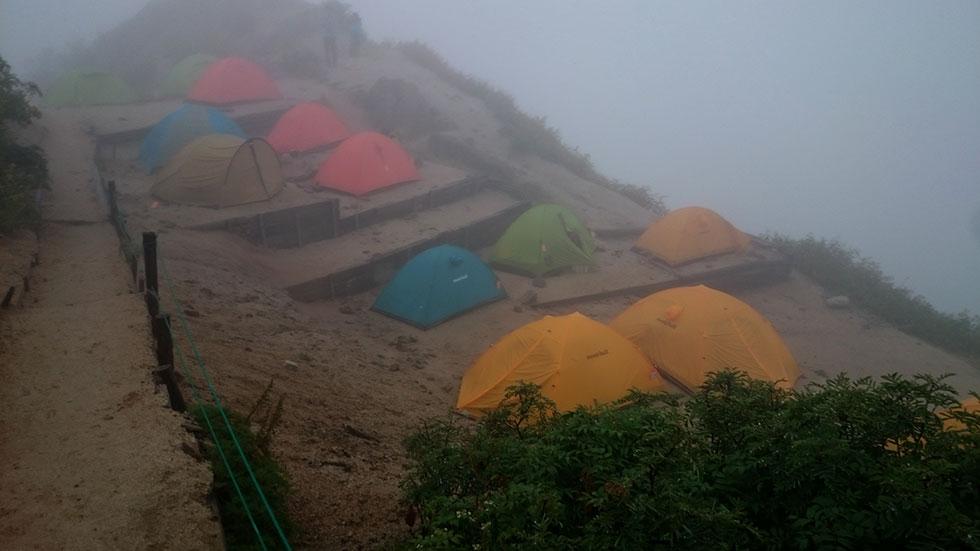 テント泊の雨対策